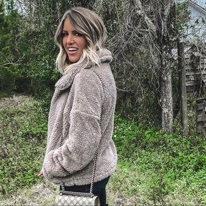 Jackets & Blazers - Sherpa coat